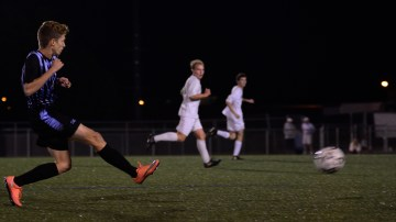 Game Replay: Boys Varsity Soccer ties SM South 2-2 in 2OT
