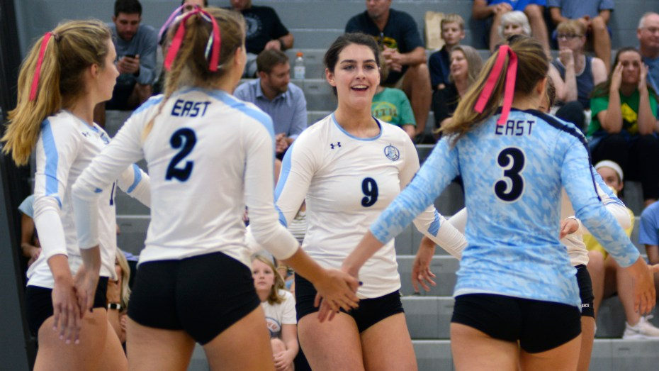 Gallery: Volleyball hosts the Dig Pink event