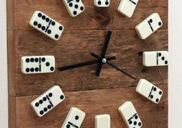 Часы-домино