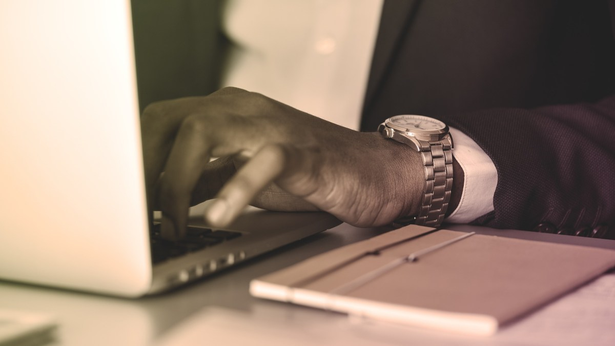 8 Online Business Courses to Help You Scale
