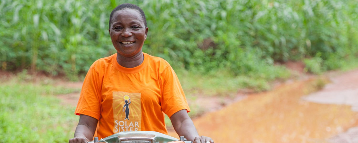 solar sister Nigeria-pic-for-Google Impact Challenge-Smepeaks