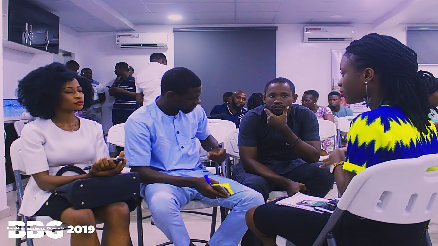 Dami and Victor from FewChore engaging startups at BBG2019 Breakout session