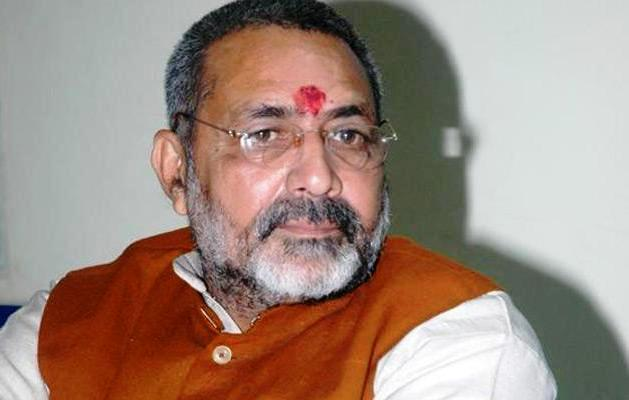 5 Crore Village Women to Get Khadi Charkha in Next 5 Years: Giriraj Singh