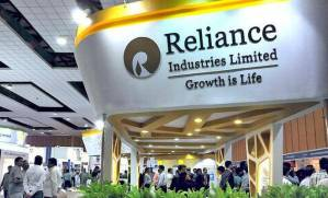 Reliance Industries Became First Indian Company to Register 10,000 Crore of Profit in one Quarter