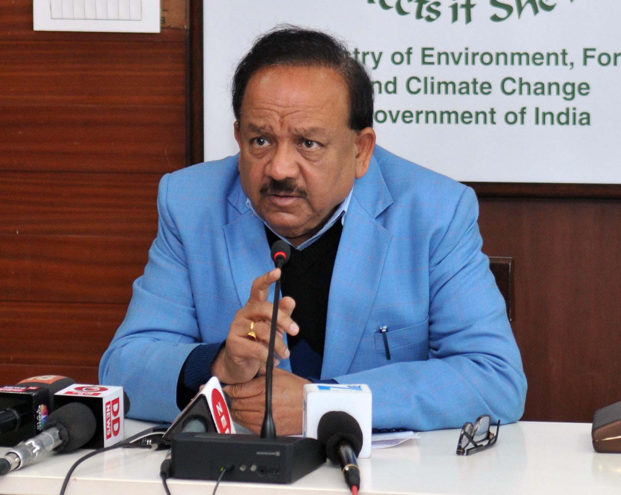 Dr Harsh Vardhan Launches Massive Campaign Against TB