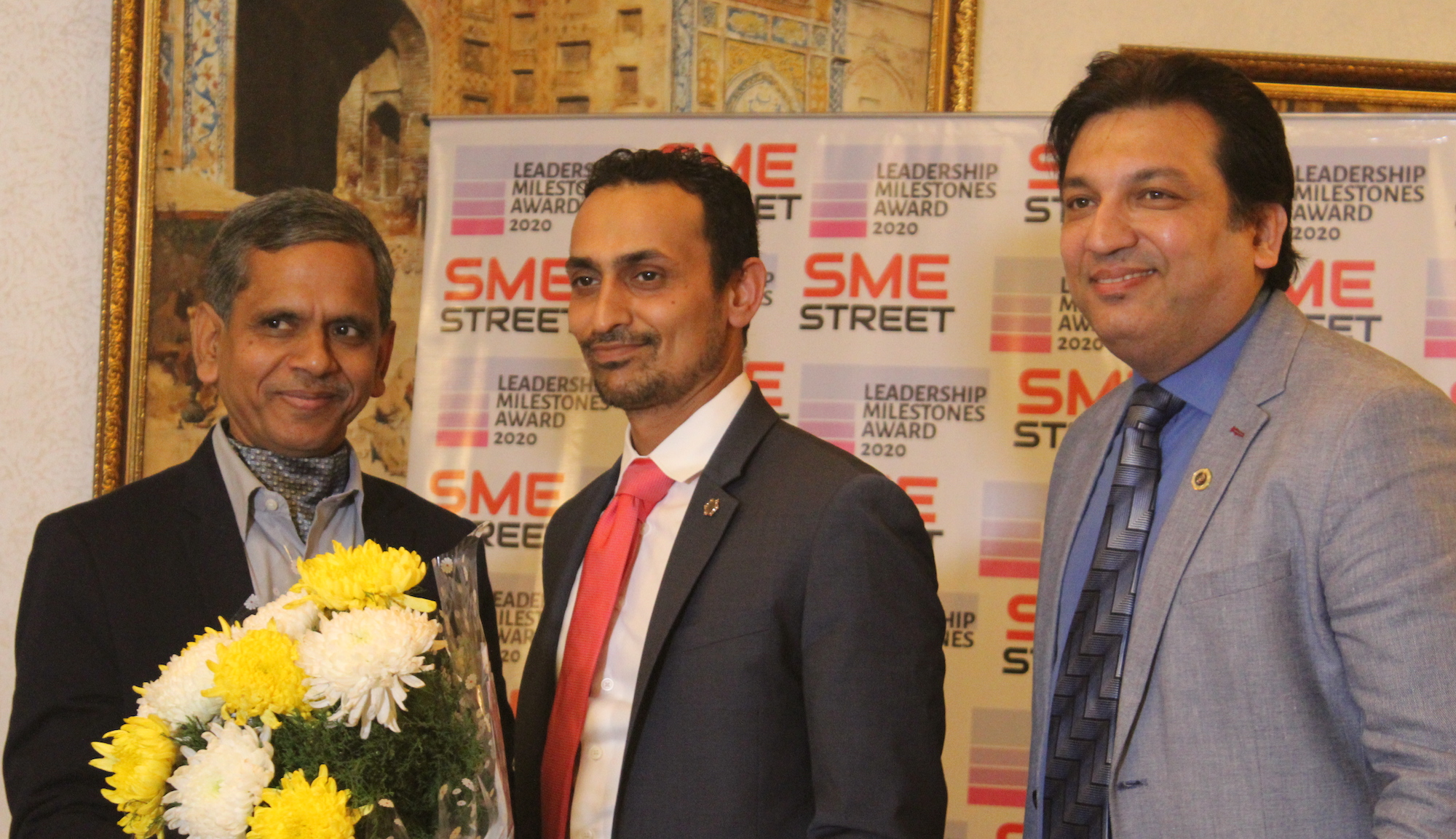 Himanshu B Patel of Triton Solar Gets SMEStreet Leadership Milestones Award ; DC MSME, Ram Mohan Mishra Launched The Awards at The Lodhi Hotel
