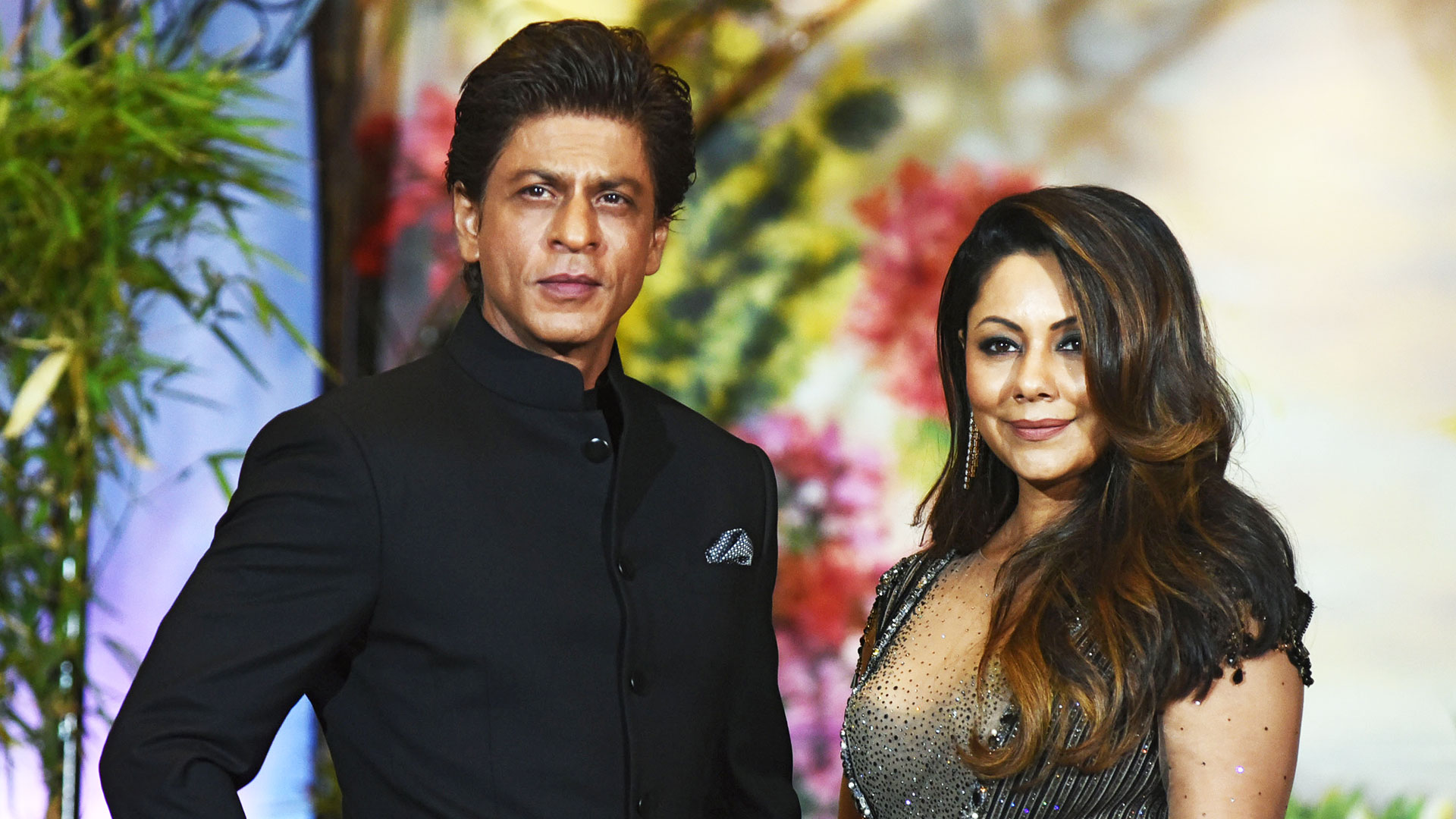 Airbnb Welcomes First Bollywood Hosts -SRK and Gauri Khan