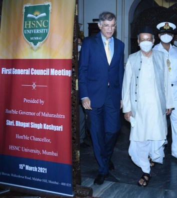 Dr. Niranjan Hiranandani and Maharashtra Governor, Koshyari entering Raj Bhavan for the 1st General Council Meeting of HSNC University