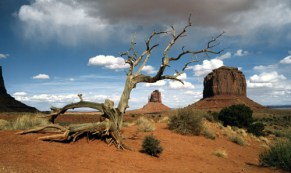 Storm Approach Monument Valley