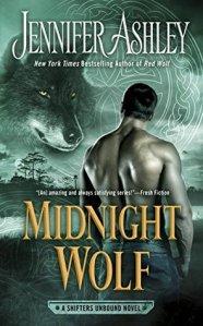 Review: Midnight Wolf by Jennifer Ashley