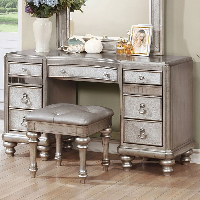 Bling Game Vanity Desk by Coaster Furniture 2 Reviews
