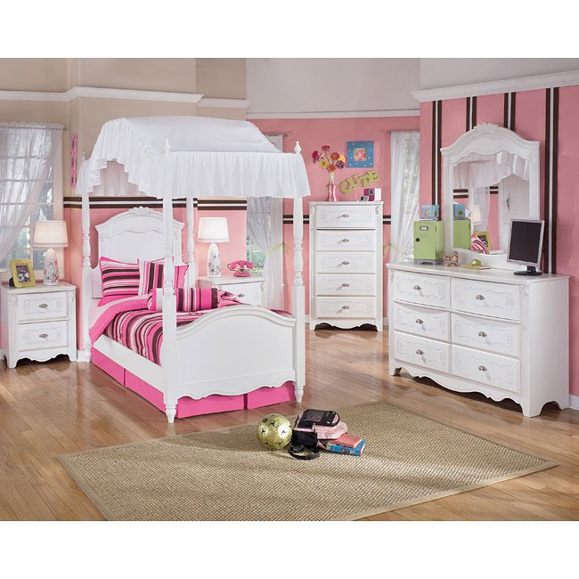 Exquisite Canopy Bedroom Set by Signature Design by Ashley