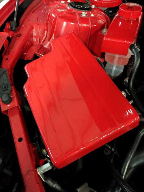 small resolution of 2016 2018 camaro custom painted fuse box cover red camaro fuse box