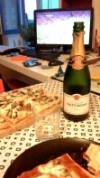 Champagne, pizza e pallone