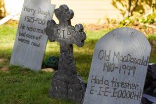headstones 2