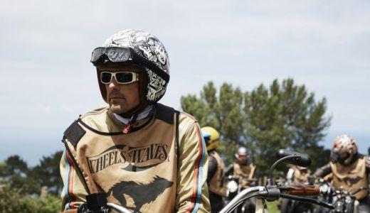 ブライトリングと共に!サーフィンの聖地でバイクと熱狂する「Wheels and Waves(ホイールス・アンド・ウェーブス)」