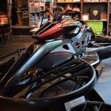 世界初!実用型ホバーバイク「XTURISMO Limited Edition」