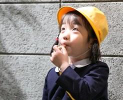 半分青いの花野(かんちゃん)役の山崎莉里那のにゃんこスター真似動画