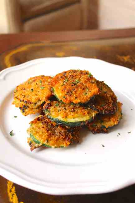 Zucchini Crisps with Sriracha Greek Yogurt Sauce