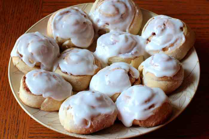 Mom's Famous Homemade Cinnamon Rolls