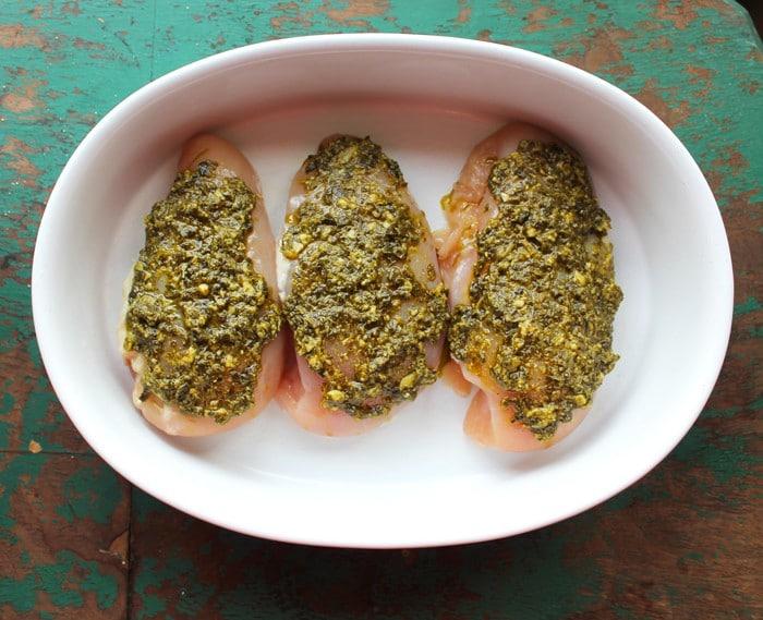 5-Ingredient Pesto Mushroom Baked Chicken