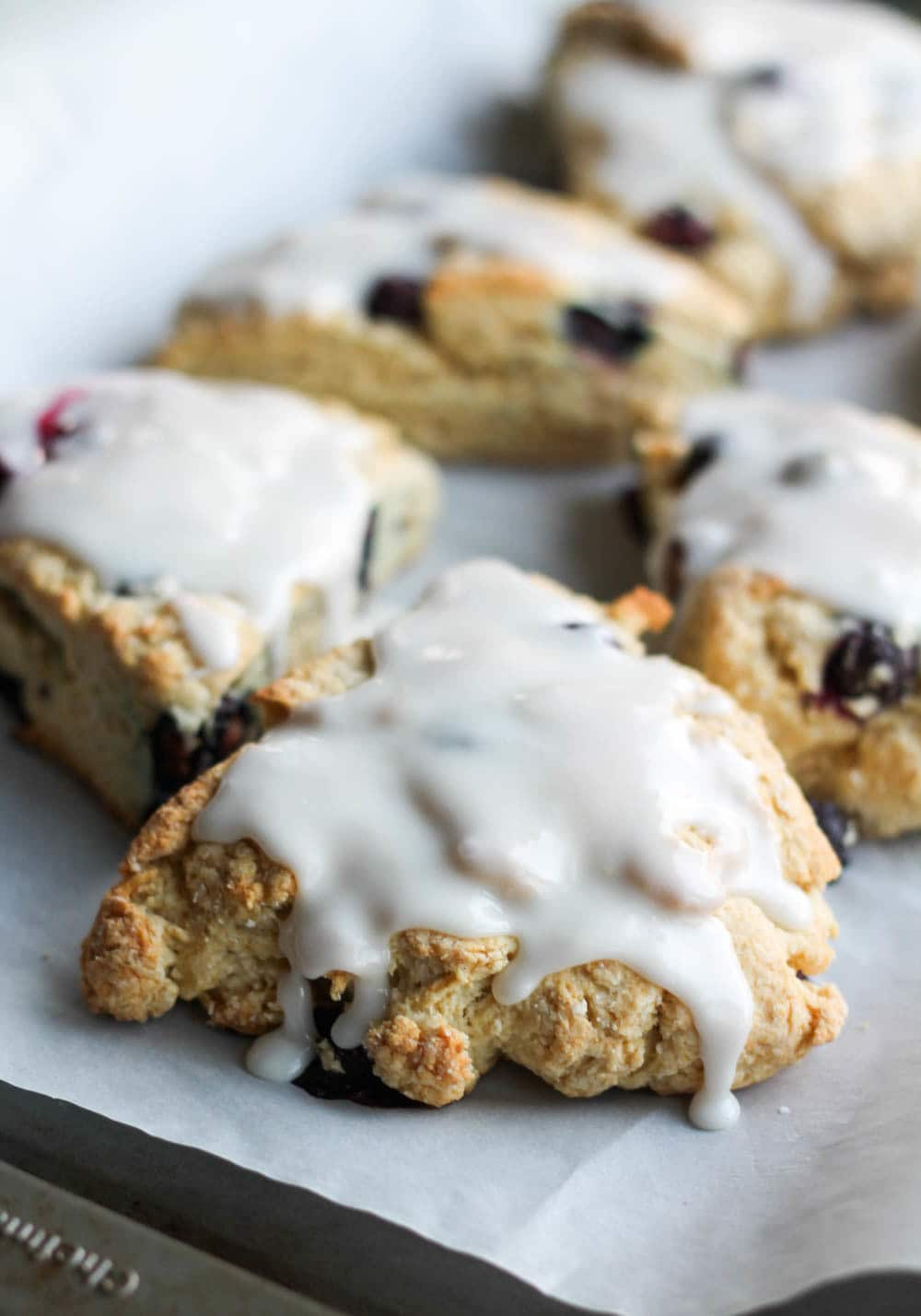 These Easy Glazed Blueberry Scones are made with low fat ingredients ...