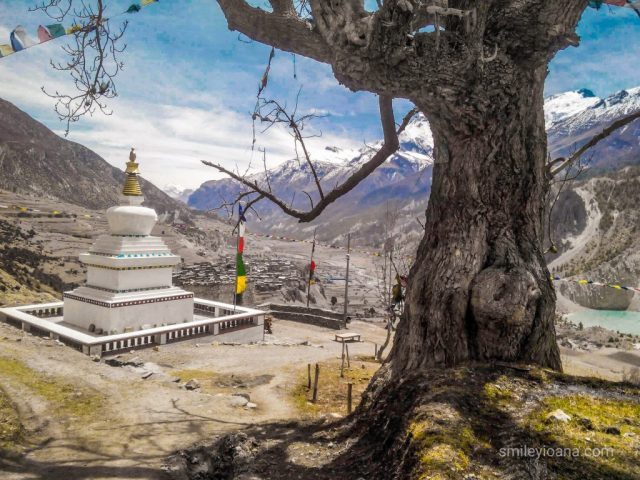 Nepal High Altitude | Nepalese Stupa after Manang at 3519 m