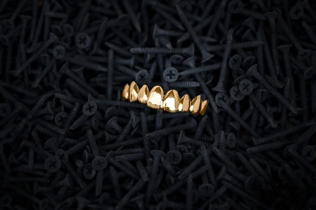 Goldbeisser - Grillz Shop - Smilez and Shine - Berlin Jewelery