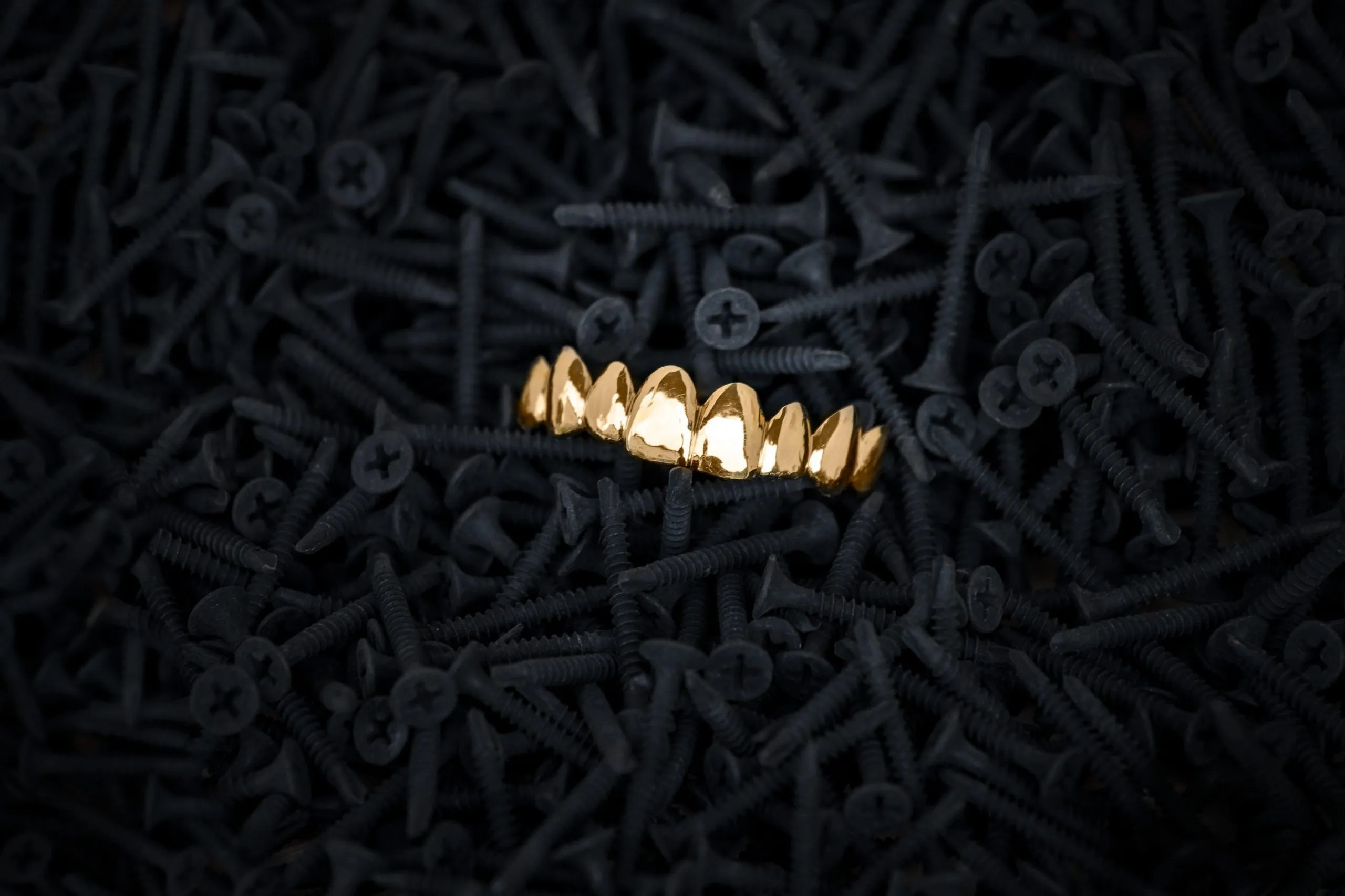 Goldbeisser - Grillz Shop - Smilez and Shine - Berlin Jewelery