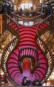 ... et son escalier original ! (photo prise sur internet car photos interdites...)