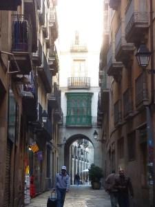 Dans les petites rues du Barri Gotic