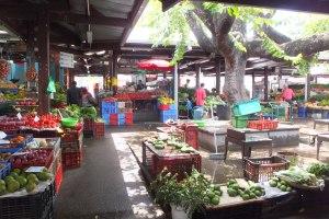 Petit marché (fruits et légumes)