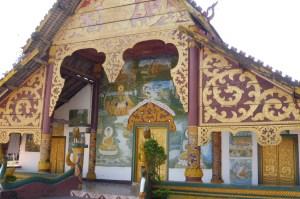 Petit temple en chemin