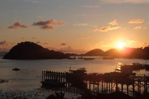Les couchers de soleil sur la baie de Labuan Bajo, on a rarement vu mieux