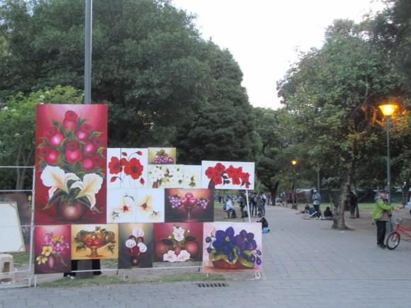 Le week-end de petits marchés s'installent dans les parcs de la ville