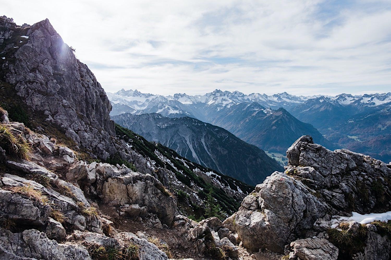 Diese bergwanderung auf das rubihorn und zu den gaisalpseen gehört zu einer der schönsten touren in den allgäuer alpen und ist ein ganz besonderes glanzlicht. Wanderung zum Gaisalpsee & Rubihorn - Smilingbackpack