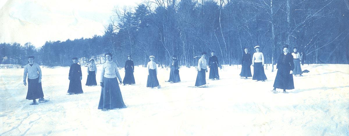Smith College Snow Shoe Club, 1906