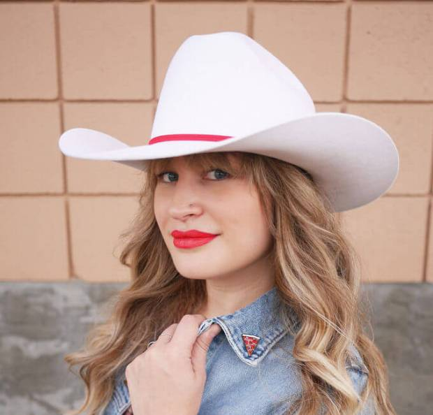 The Pretty Secrets Blogger Sandy Joe Karpetz Smithbilt White Cowboy Hat