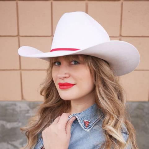 The Pretty Secrets Blogger Sandy Joe Karpetz Smithbilt White Cowboy Hat