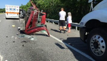 Single vehicle rollover accident on I-40 Sunday | Smith