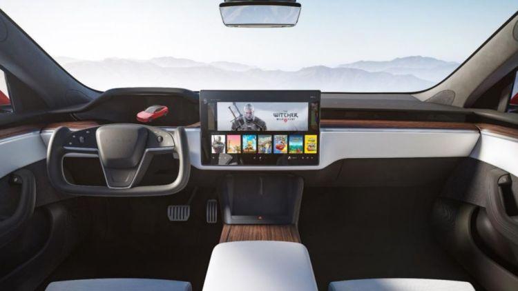 New steering yoke in Model S by Tesla Motors.