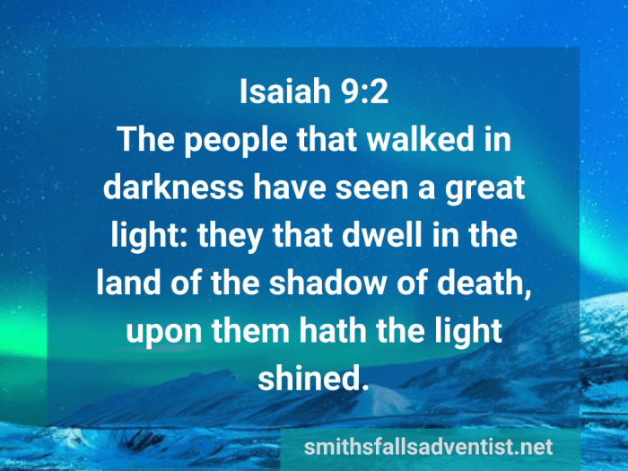 Illustration-landscape-polar lights-title-People have seen a great light in Isaiah 9 verse 2-text-Bible verse
