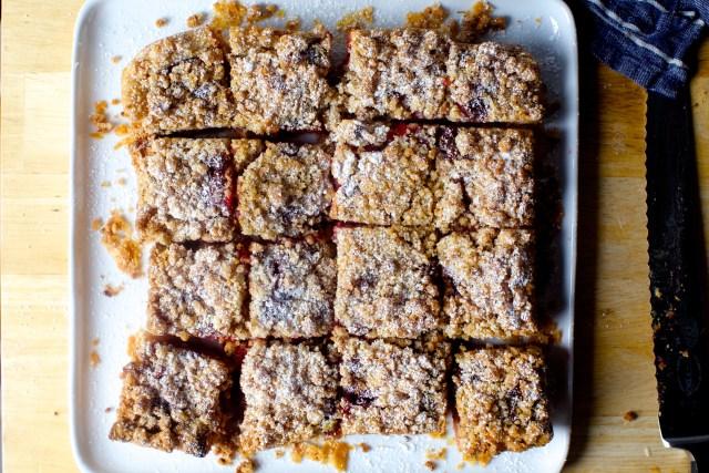 raspberry crumble tart bars