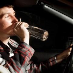Conducători auto aflați sub influența alcoolului depistați de polițiști
