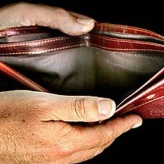 Guvernul modifica salariile si accizele. Ce ne asteapta in 2014