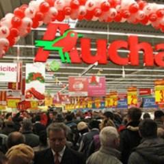 VIDEO Imagini inedite de la deschiderea unui magazin Auchan in aceasta dimineata