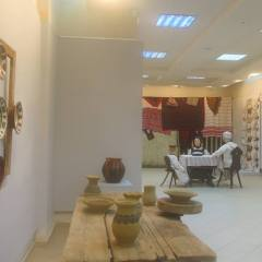 Expozitie la Muzeul Tarii Oasului. Mestesuguri vechi: olaritul si industria textila casnica
