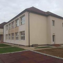 Fosta Scoala Generala nr. 13 din municipiul Satu Mare a fost reabilitata