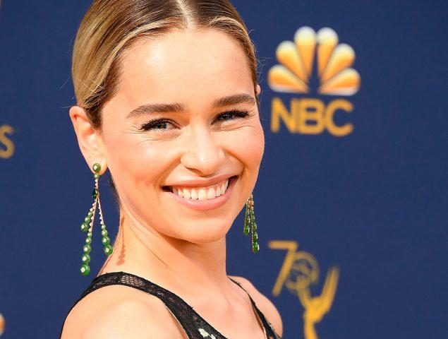 Emilia Clarke Se Tatúa Todo Homenaje A Juego De Tronos