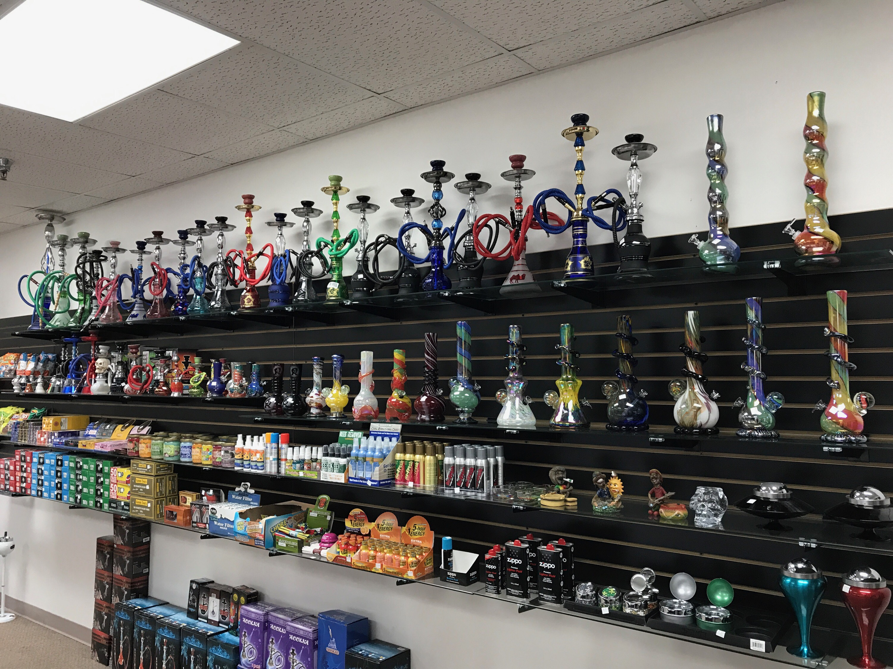 Your Weekend Smoke and Tobacco Shop in Grandview | Smoke Hut